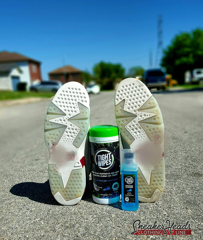 """Image of Ultimate """"TIGHTWIPES"""" Cleaning Kit"""