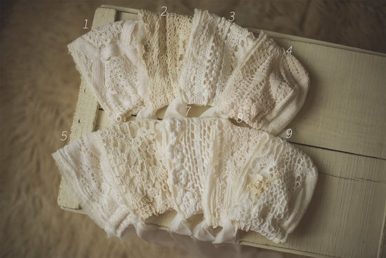 Image of Cotton Gauze & Aged Lace Bonnets