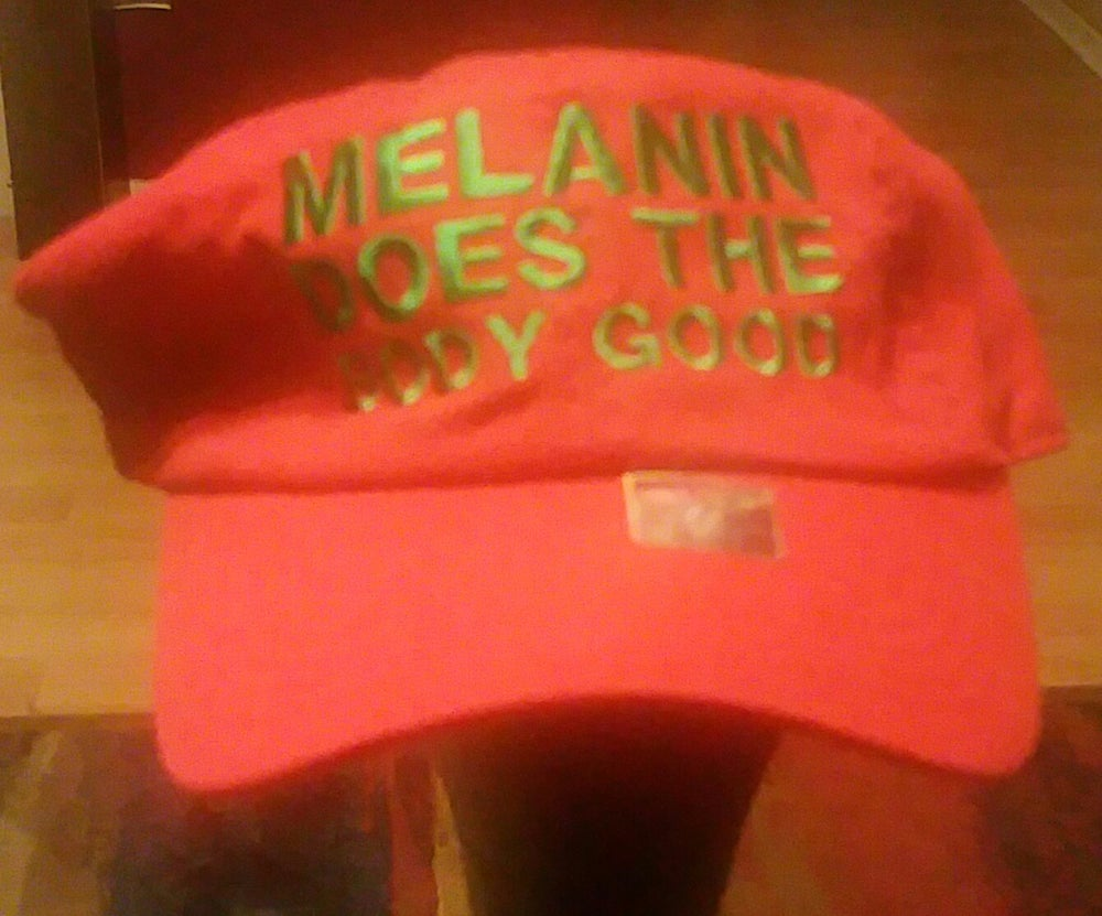 Image of MELANIN DOES THE BODY GOOD RED/GREEN