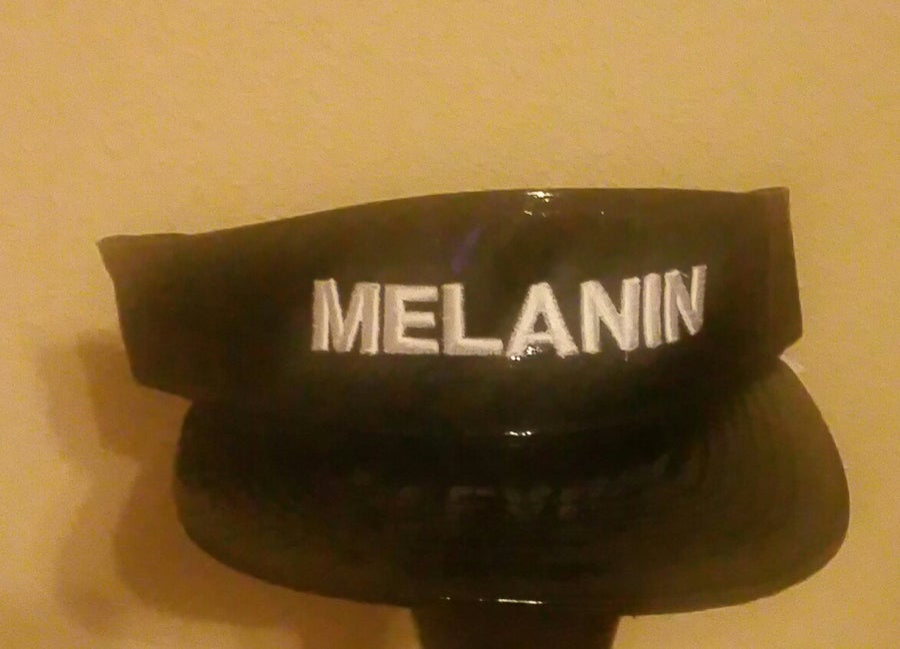Image of MELANIN BLACK AND WHITE ALLIGATOR VISOR