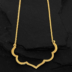 Image of Lotus necklace in brass