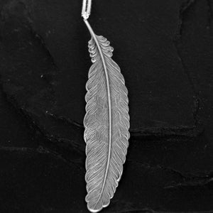 Image of Feather necklace in silver plated brass
