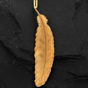 Image of Feather necklace in brass