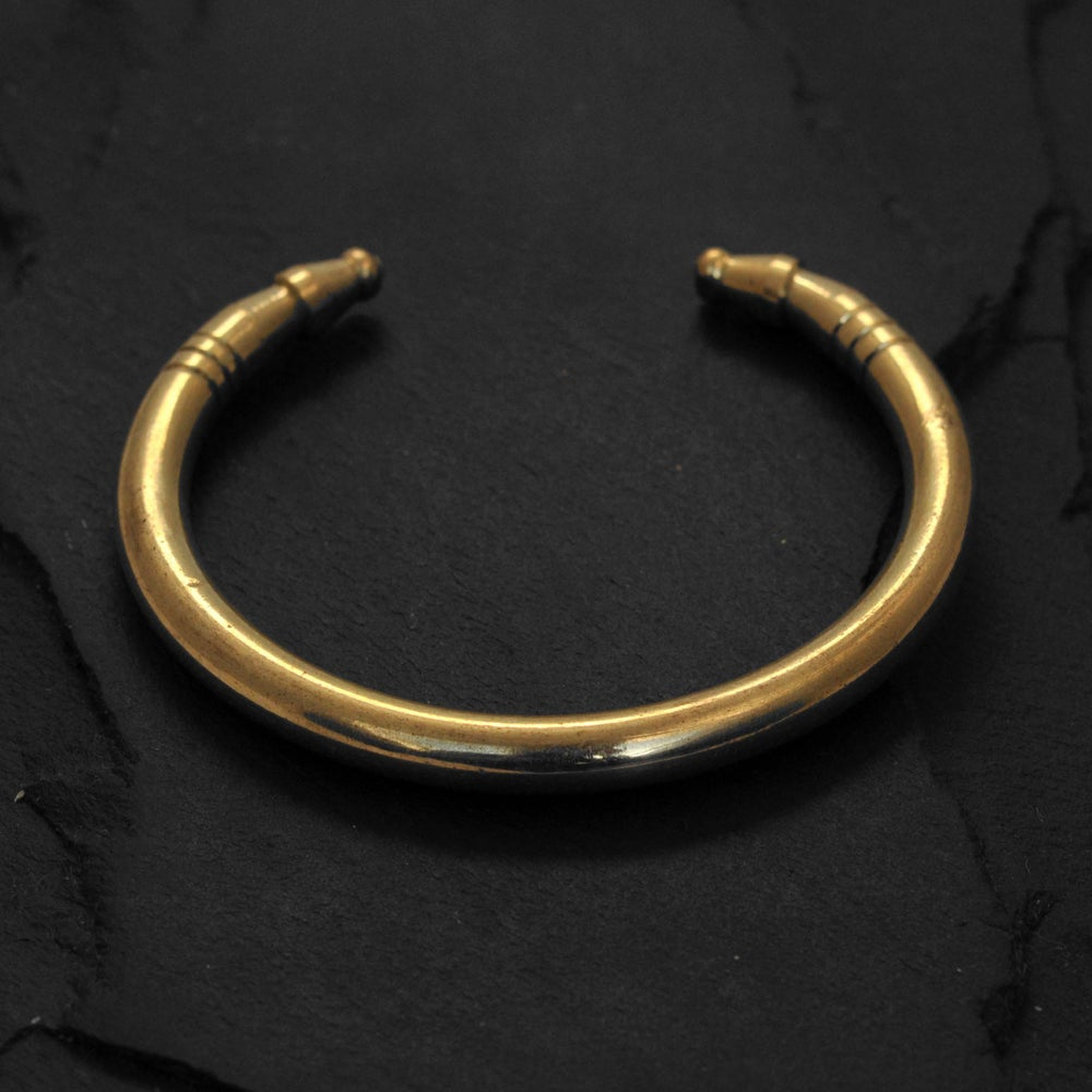 Image of Solid thick round bracelet in brass