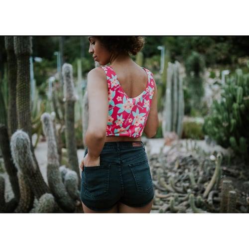 "Image of Seleccion n.1 ""CropTop Hula Girl"""