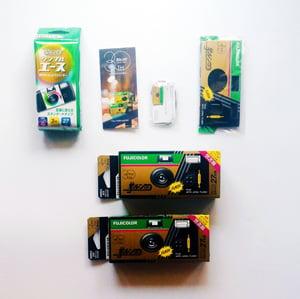 Image of Fujifilm Quicksnap 30th Anniversary Kit II (Disposable Camera)
