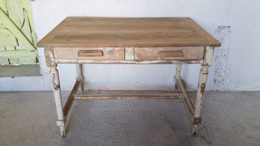 Image of Table campagnarde -  deco shabby chic