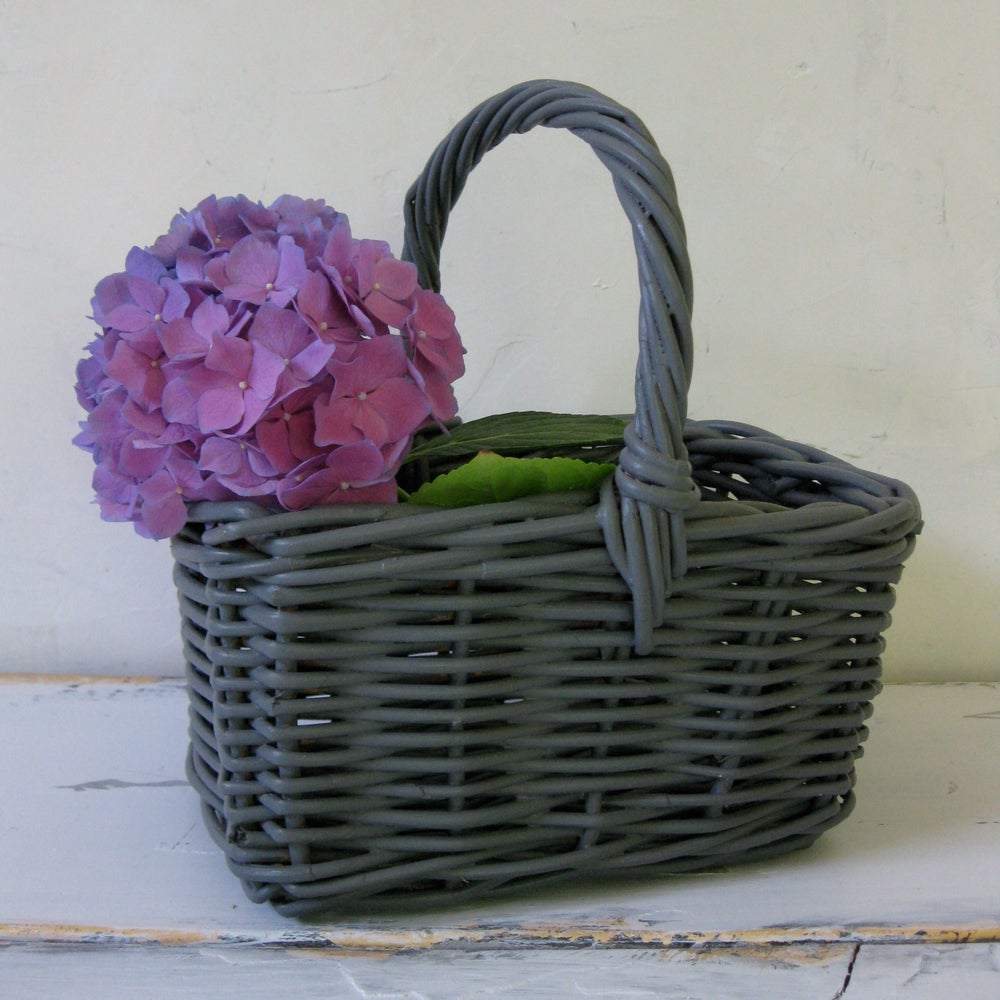 Image of Travel Basket in Grey