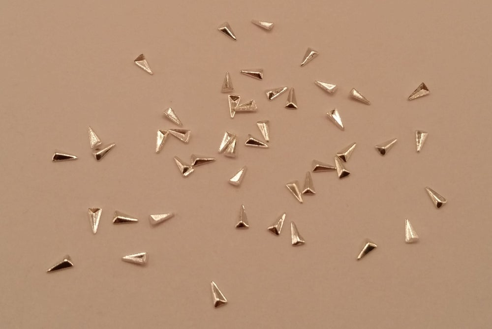 Image of Mini Arrow triangle nail art studs (Japanese nail decor) Gold or silver 3x1.5mm