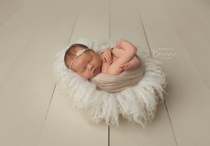 Image of Round Curly Felted Blanket - IVORY