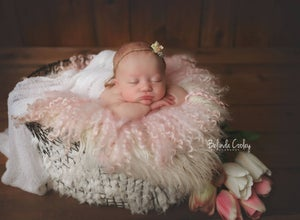 Image of Round Curly Felted Blanket - DUSTY ROSE