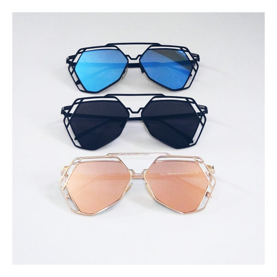 Image of Geo Mirrored Sunnies