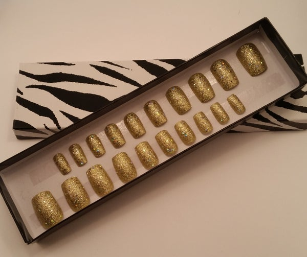 Image of Hand painted glittery false nails. Deluxe set.