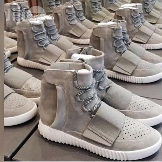 sports shoes 30e25 55ac3 Image of Yeezy Boost 750
