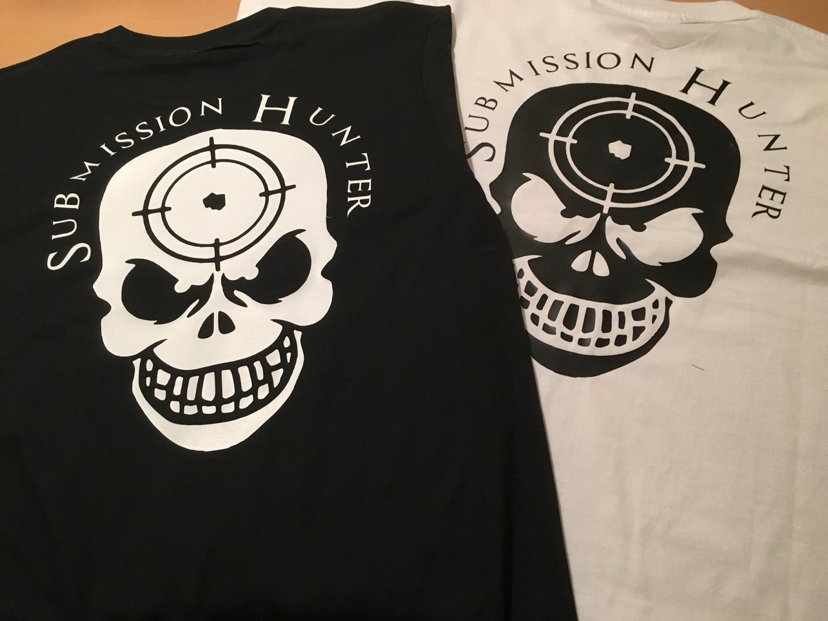 """Image of Submission Hunter """"Head Shot"""" T-Shirt"""