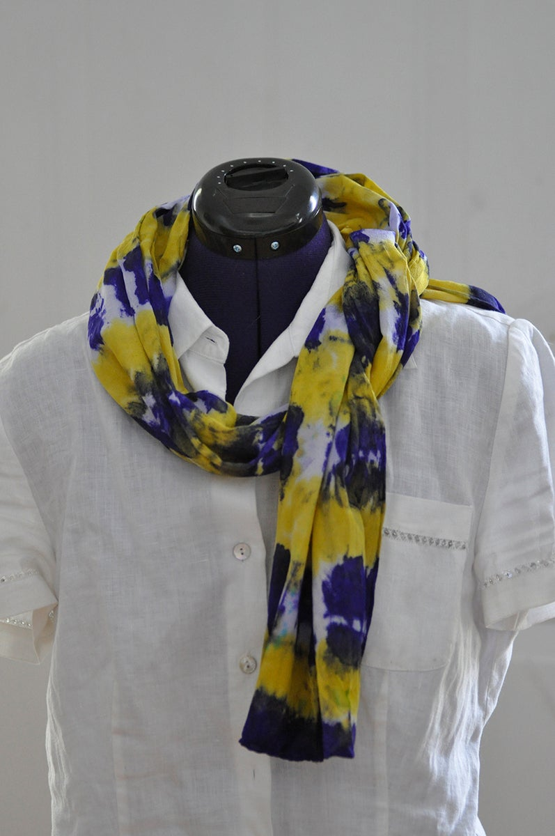 what jenny makes purple and yellow scarf. Black Bedroom Furniture Sets. Home Design Ideas