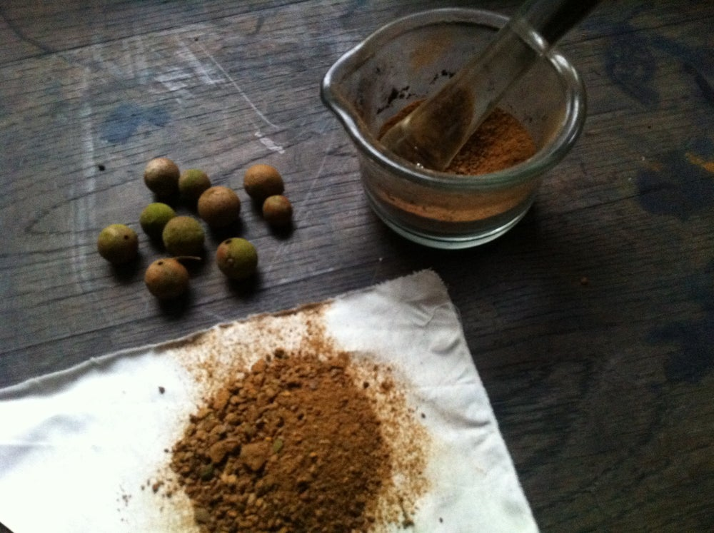 Image of Welsh Oak Gall hand-ground 25gms