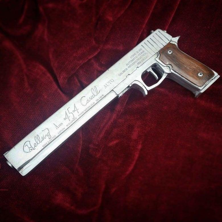 Image of Hellsing Arms .454 Casull - Hellsing Ultimate
