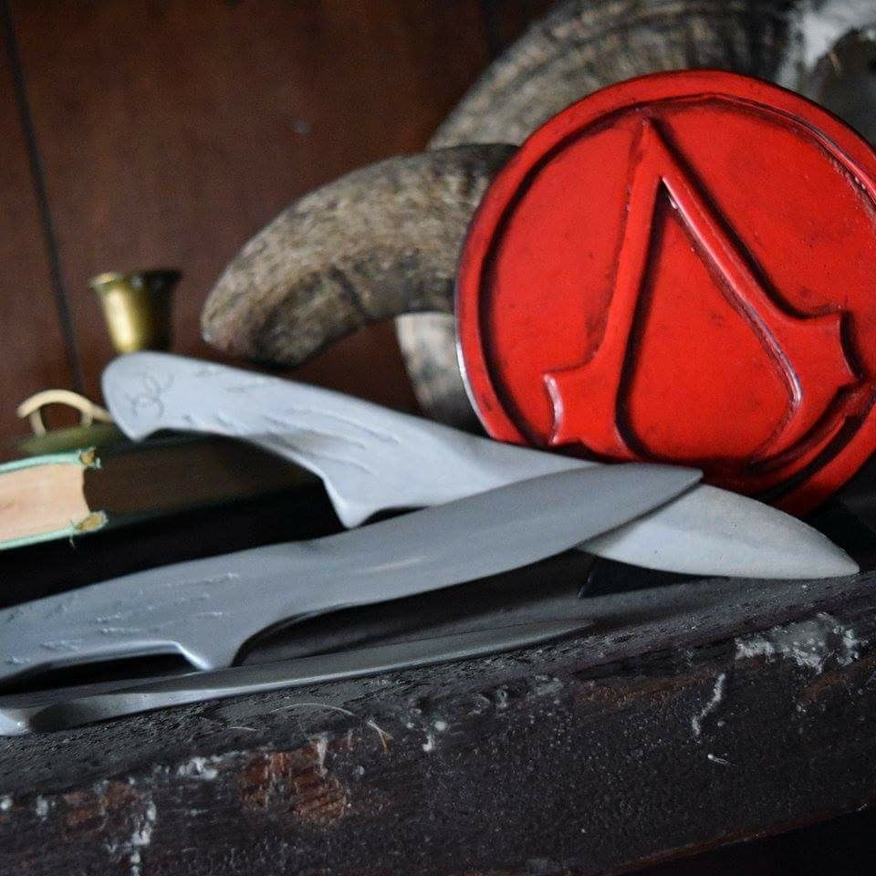 Image of Throwing Knife Display - Assassin's Creed