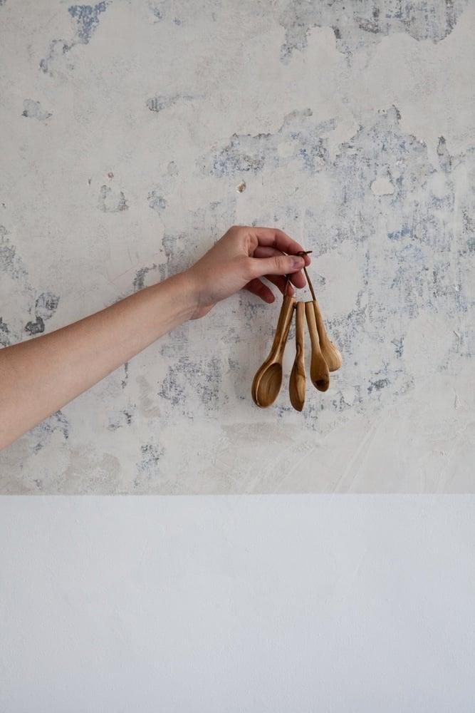 Image of Olive Wood Measuring Spoon Set