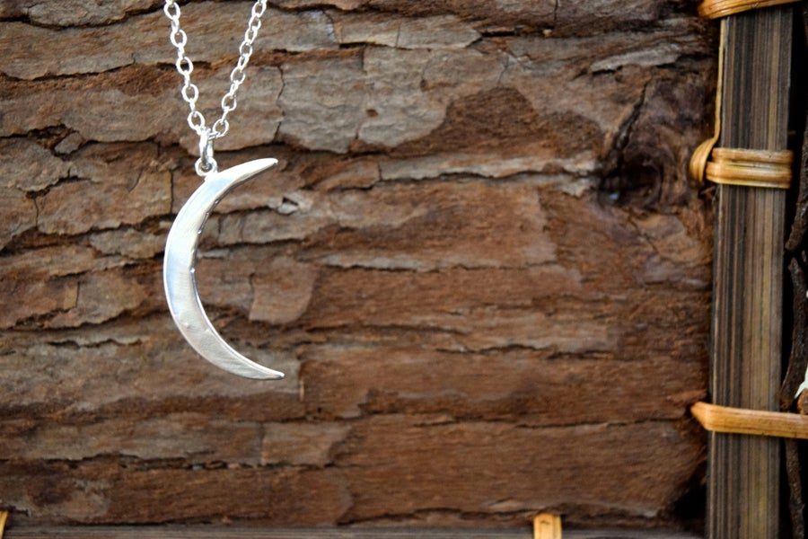 Image of The Crescent Moon Necklace
