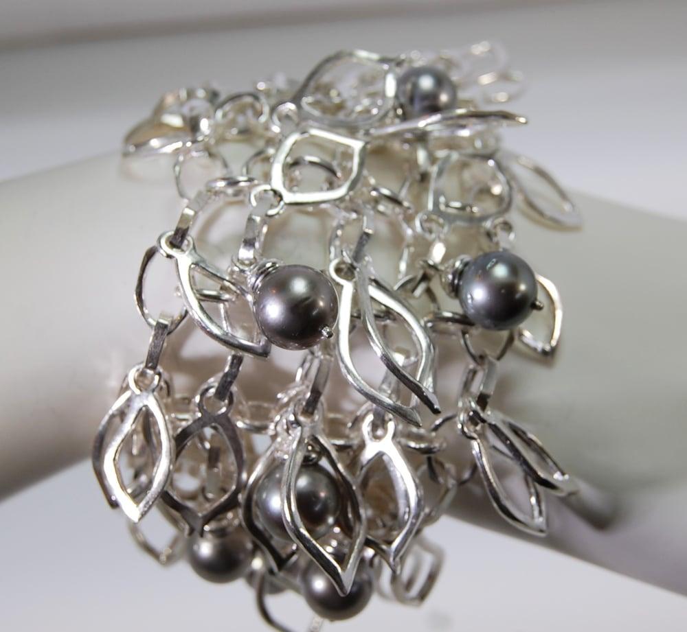 Image of Tratti Perle Bracelet