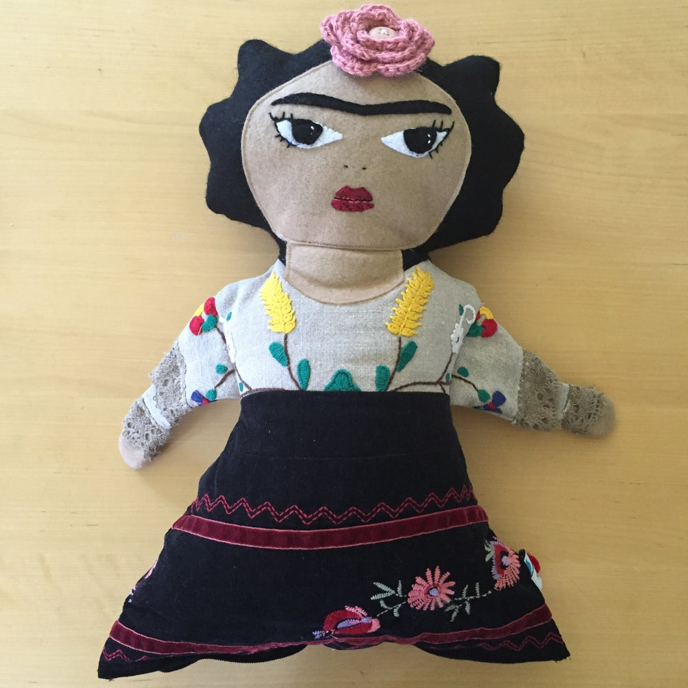 Image of Frida Kahlo Doll - Large eyes open