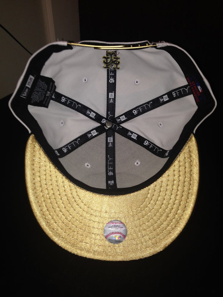 "Image of New Era NY Mets SnapBack ""White/Black/Gold"""