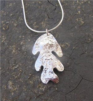 Image of Silver oak leaf pendant