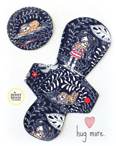 Image of MADE TO ORDER More Hugs cloth pad (moderate absorbency)