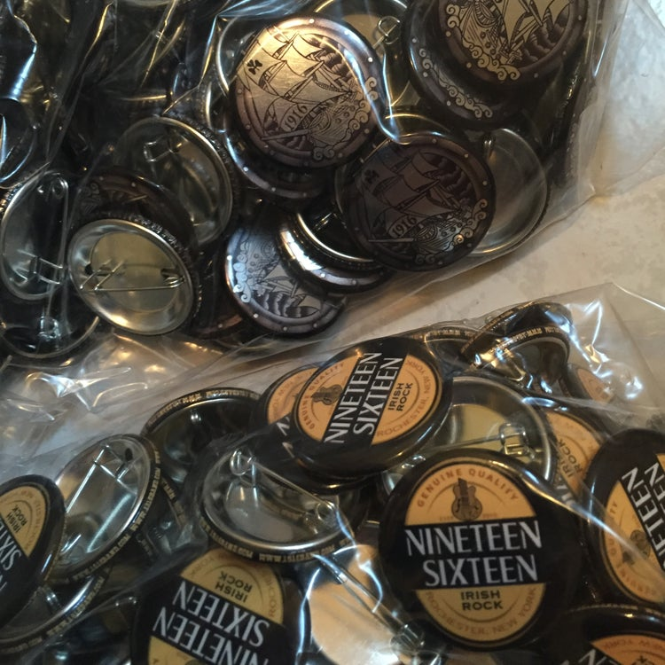 Image of 1916 collectable buttons