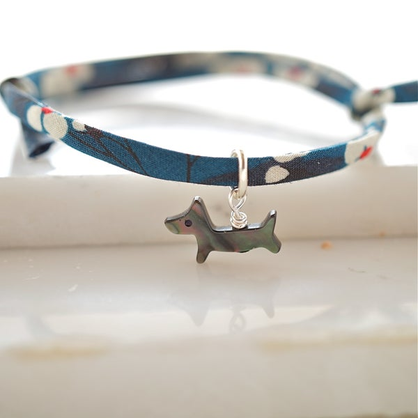 Image of Mother of pearl dog bracelet