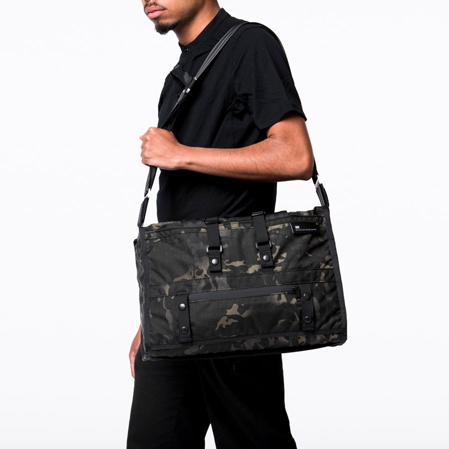 Image of The Transit Laptop 19L Laptop Shoulder Bag