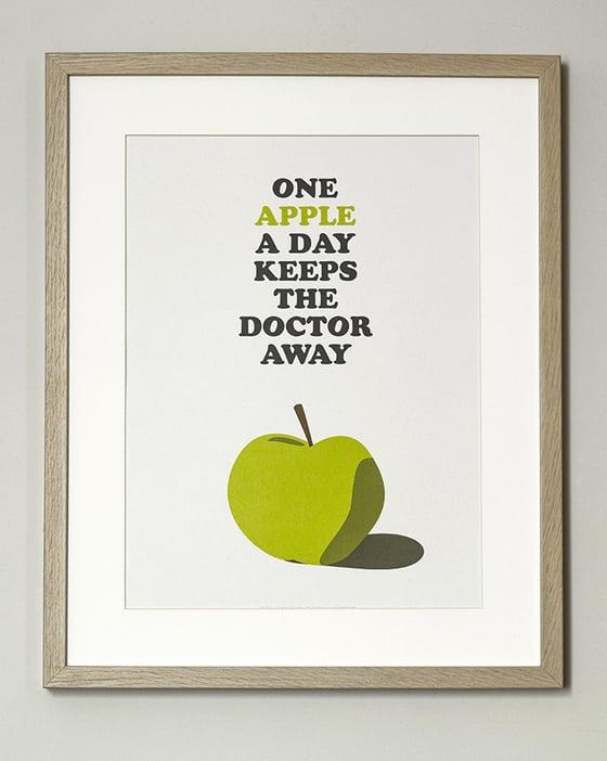 """Image of FIN DE SÉRIE //Affiche """"One Apple…"""""""