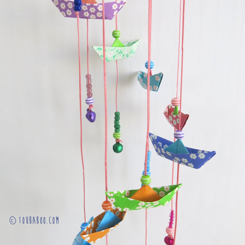 Image of Mobile bateaux origami