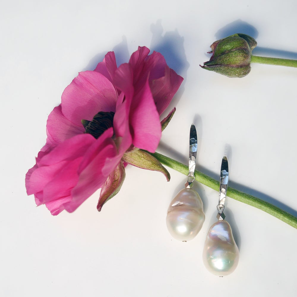Image of Gaia Earrings (available in gold, silver or rose gold)
