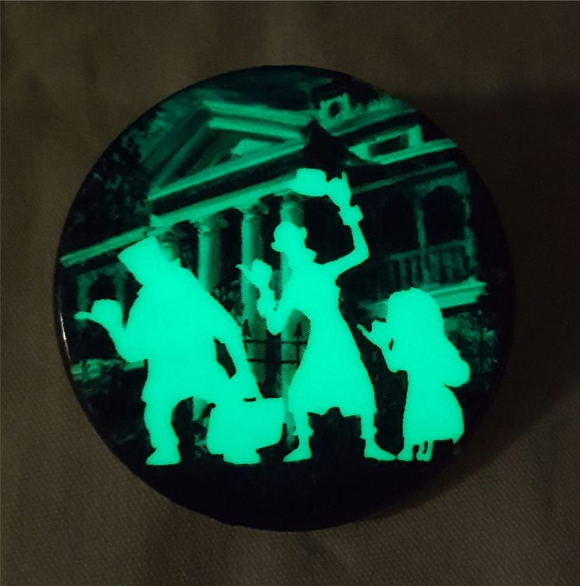 Image of 1.5 Round Glowing Button Hitchhiker