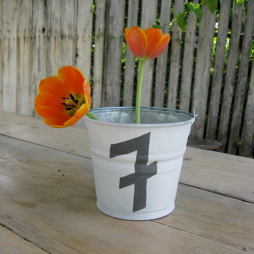 Image of #7 Bucket