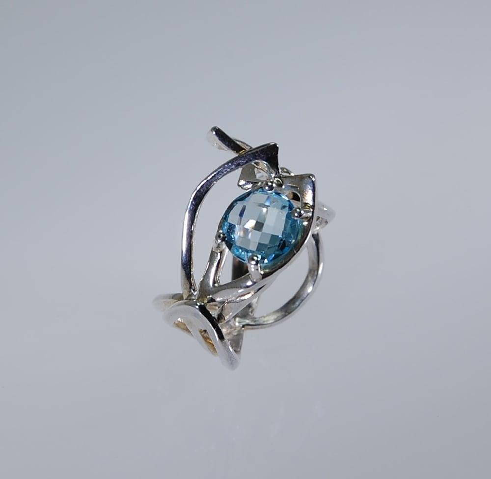 Image of Tratti blu ivy Ring