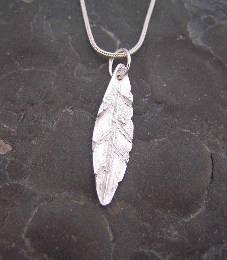 Image of Silver leaf pendant