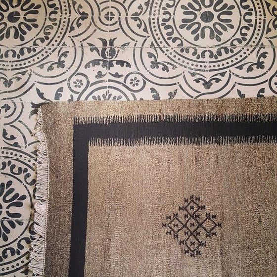 Image of Berber Cross - Taupe & Black rug