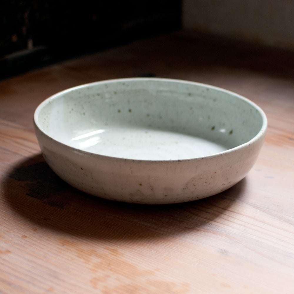 Image of Serving bowl