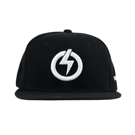Image of RAIDEN SYMBOL SNAP BACK HAT - WHITE/BLACK