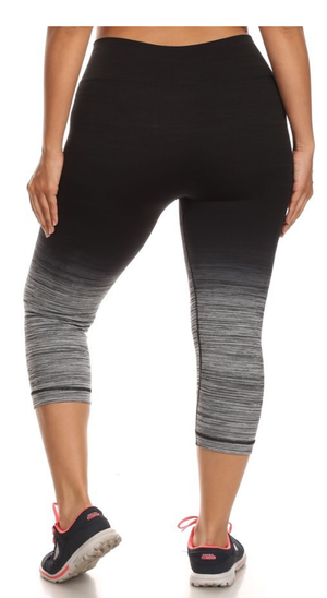 Image of GRAY OMBRE CAPRI LEGGINGS