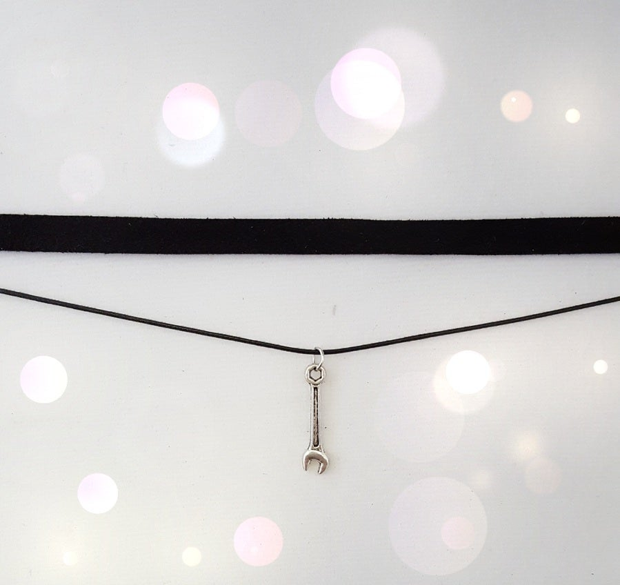 Image of Car Part Choker
