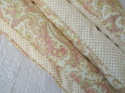 Image of Pretty Cream & Green Paisley Single Eiderdown With Pink Dots