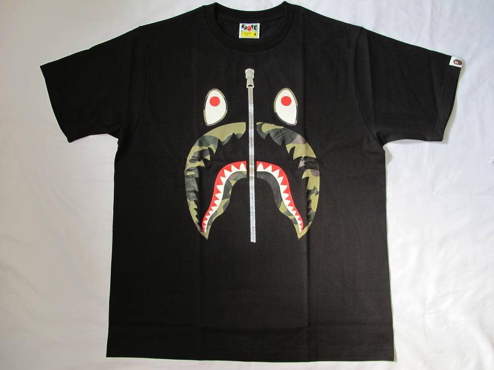 Image of A Bathing Ape (Bape) - Camo Shark 2 (Black)