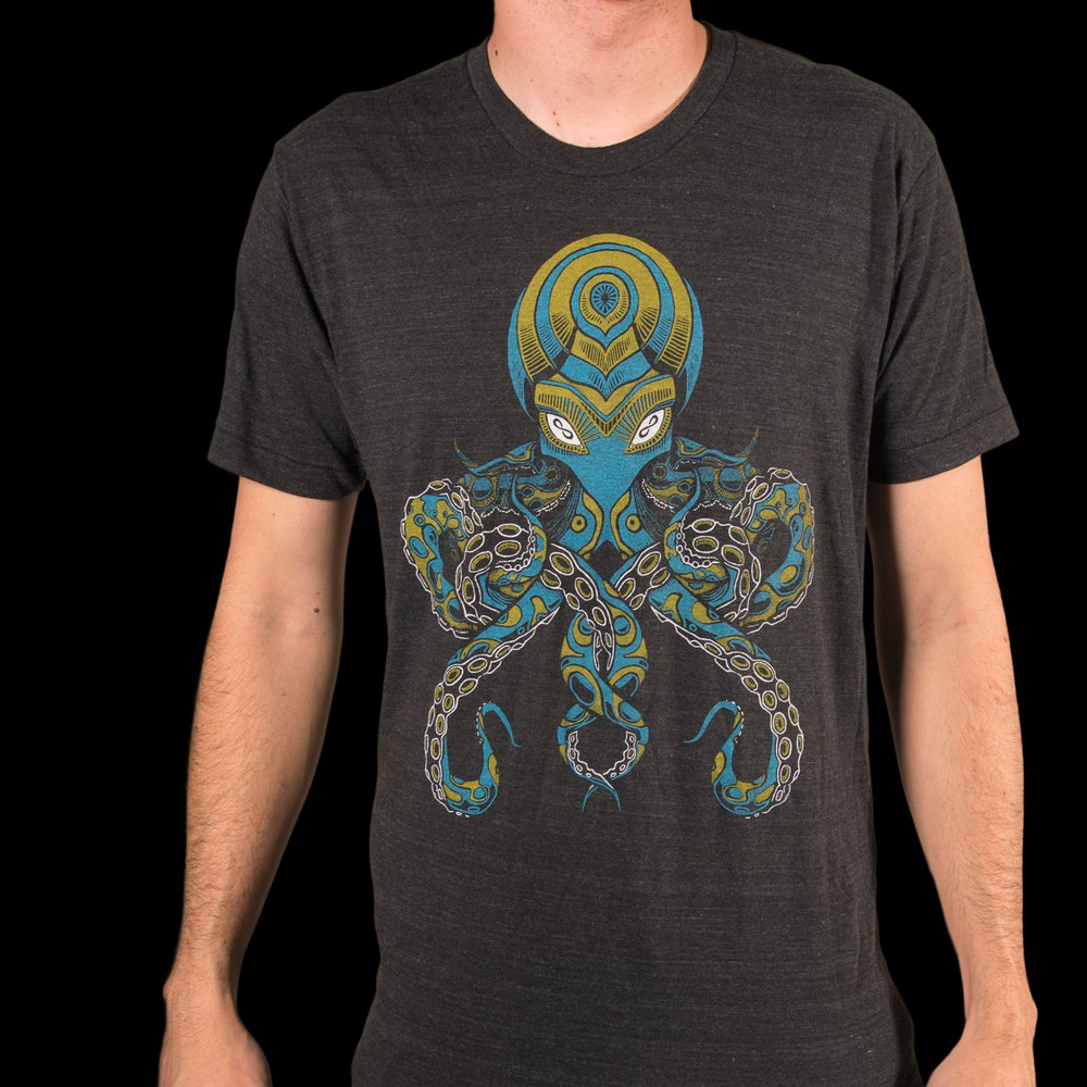 Image of BLUE OCTOPUS T-SHIRT