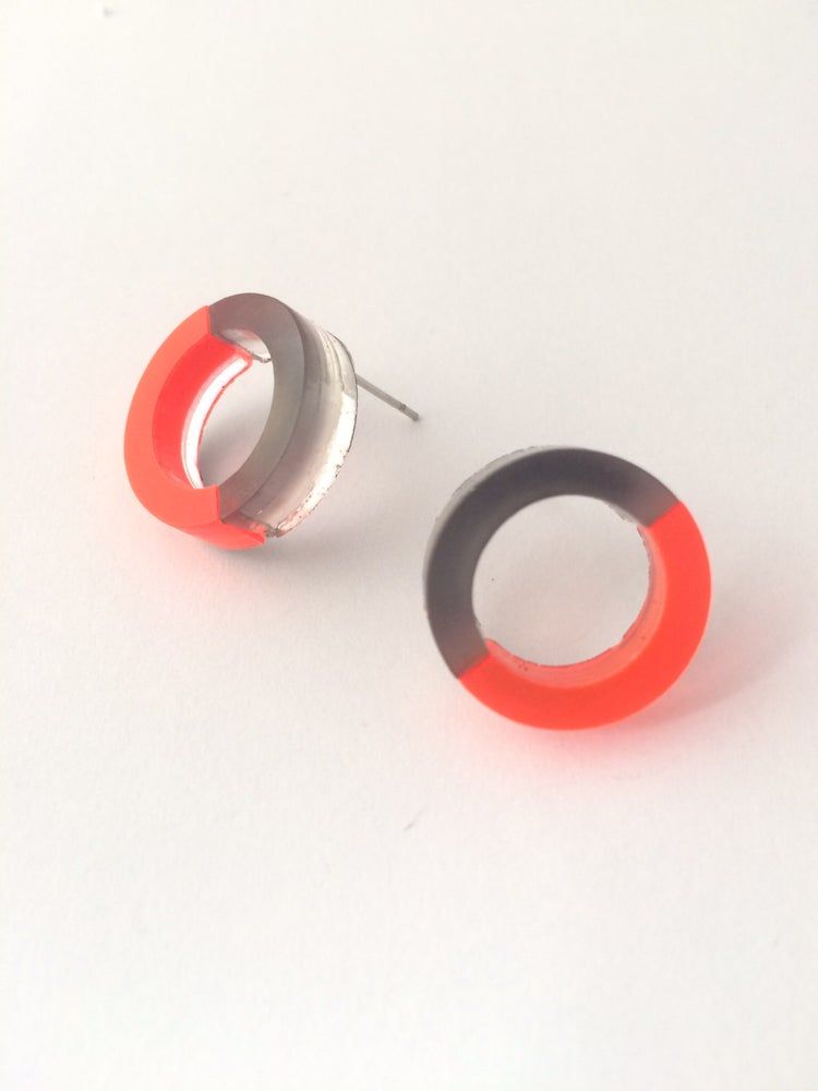 Image of Náušnice / Earrings DoubleCircle color n grey