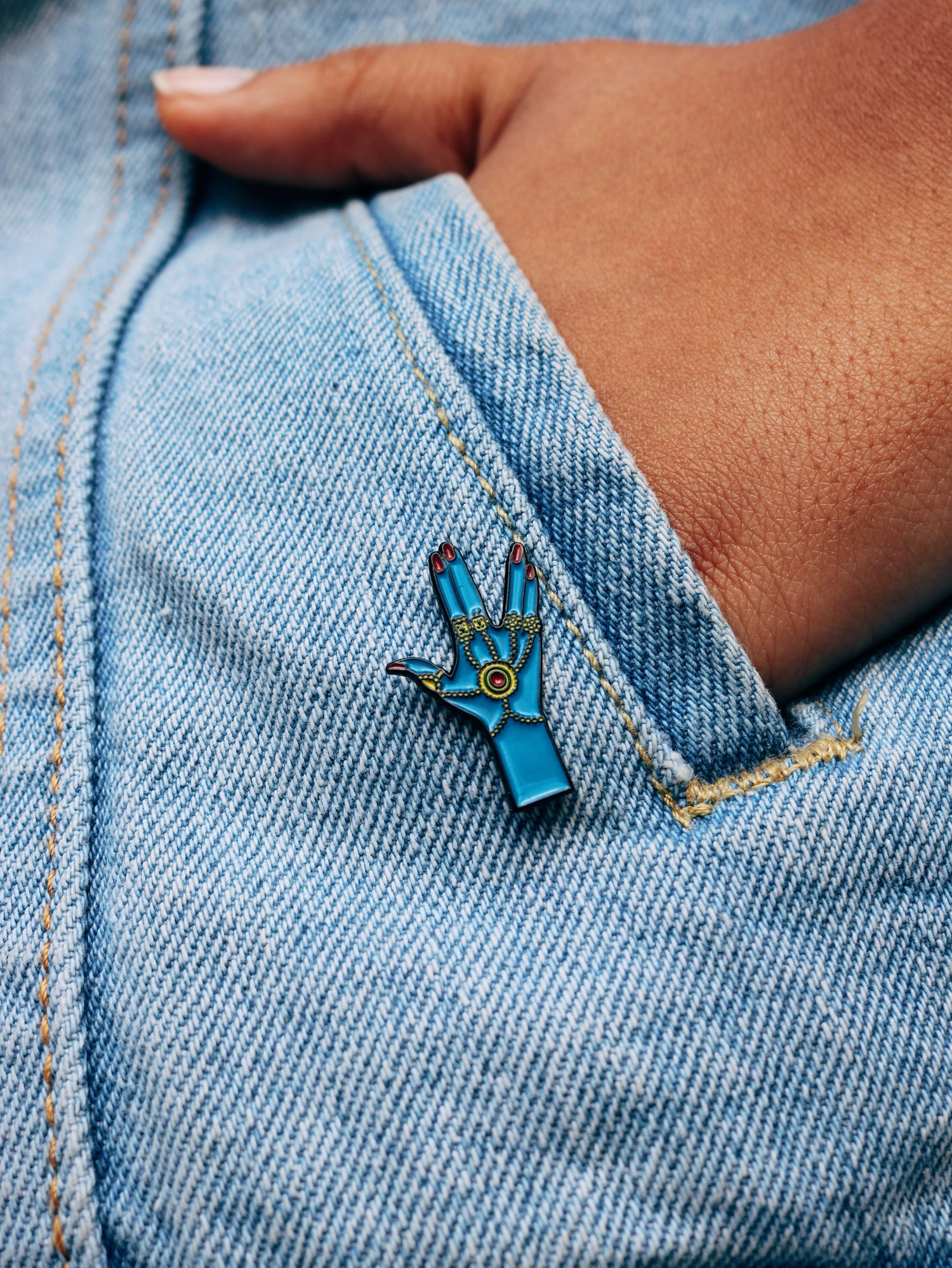 Image of Haath-Phool Enamel Pin